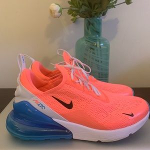 Women's Nike Air Max Zoom 270!!! Worn once!!
